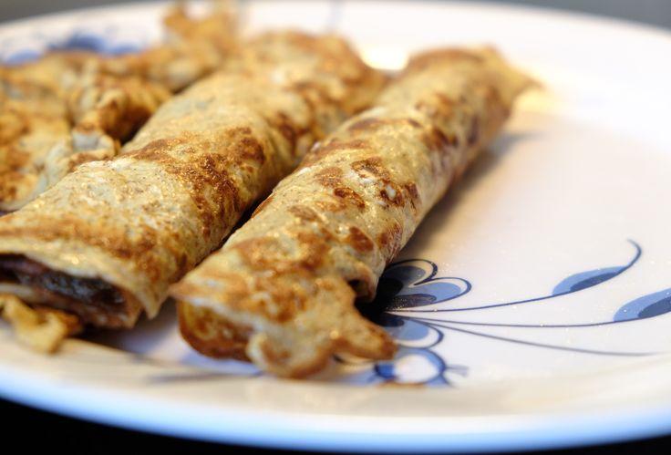Sunde pandekager uden mel  Sunde pandekager uden mel – smager de mon godt?  Jeg har længe været på jagt efter et godt morgenmåltid, som er lækkert, sundt og mættende. Og som ikke bare er blødkogt æg og skyr. Jeg er lidt træt af de to ting, for jeg har spist det SÅ tit. Kender du det?