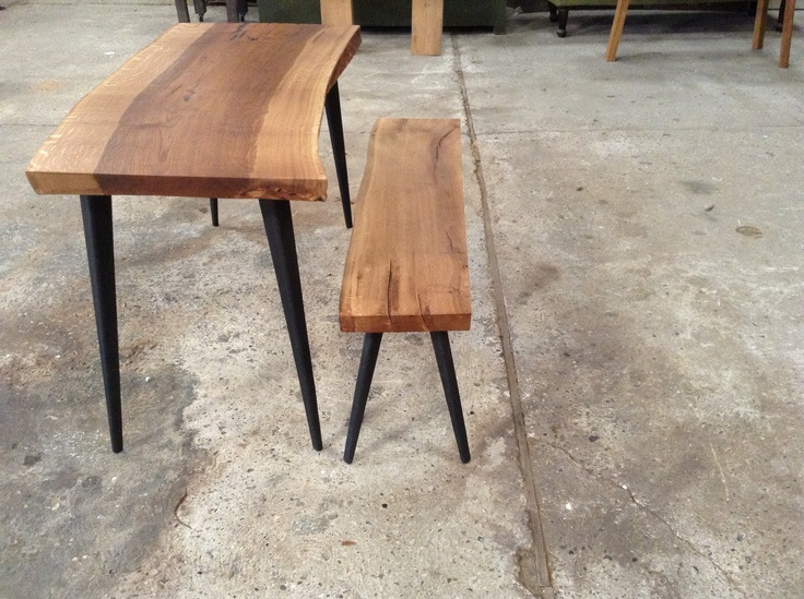 Table and bench for small space by MUDAHULA