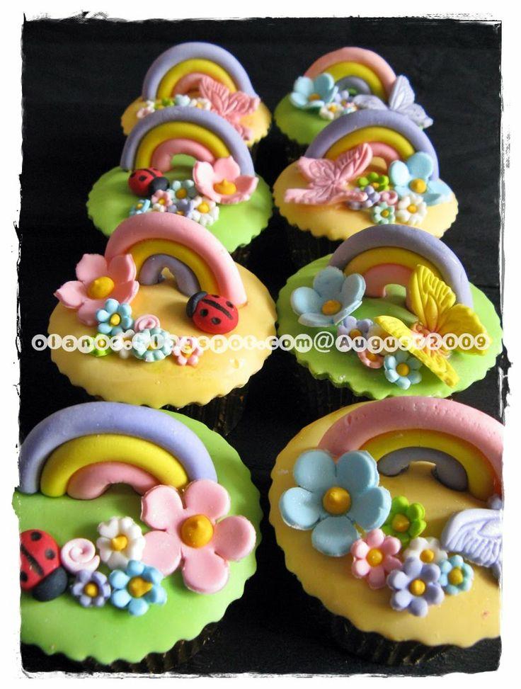 by olanos cakes