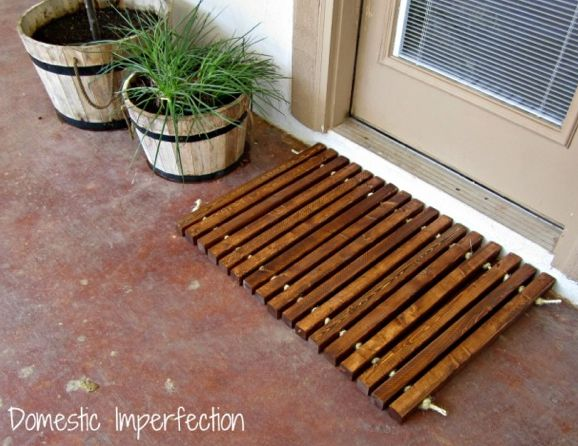 DIY wood and rope doormat by Domestic Imperfection featured @savedbyloves #Woodworking #DIY