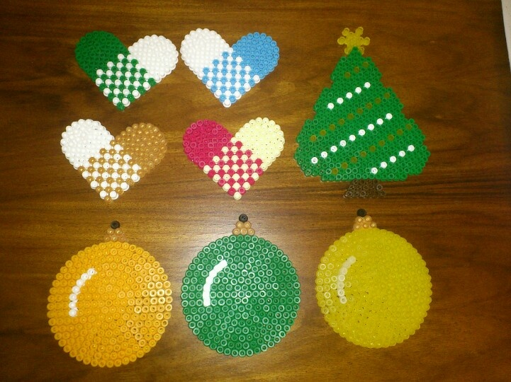 Hama jul - Christmas ornaments hama perler by Mia Rasmussen