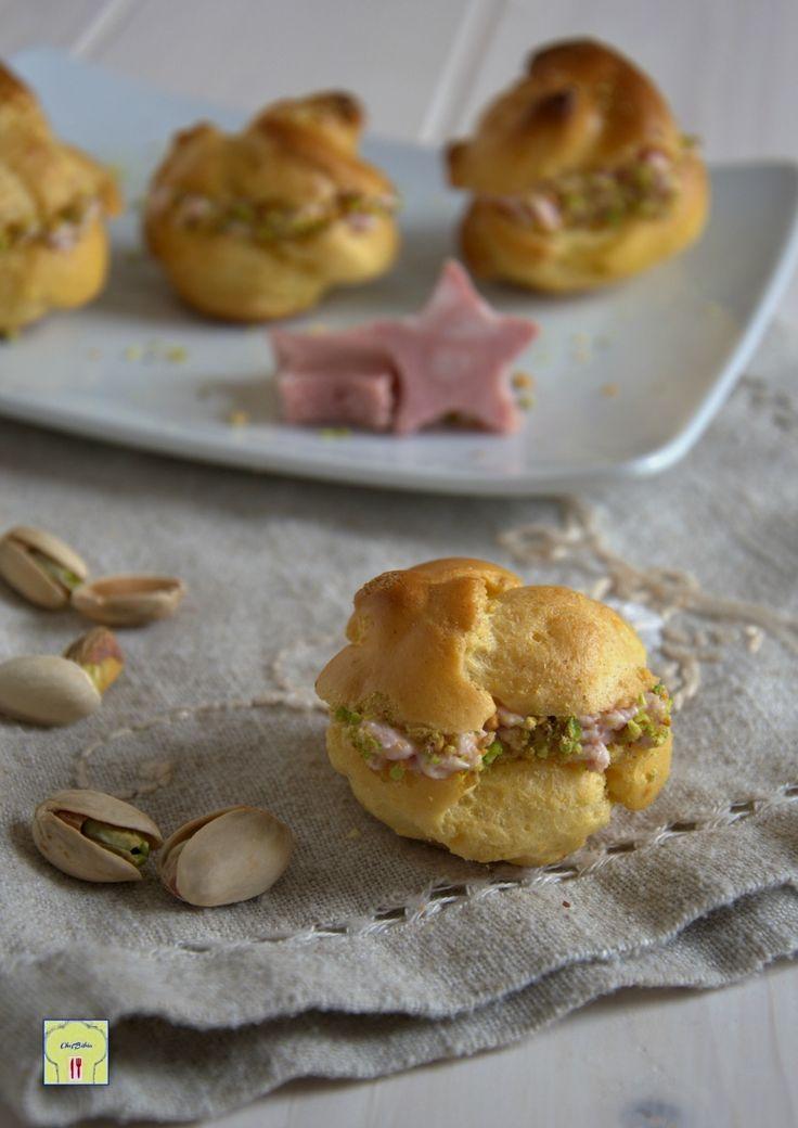 bignè con mousse di mortadella e pistacchi gp
