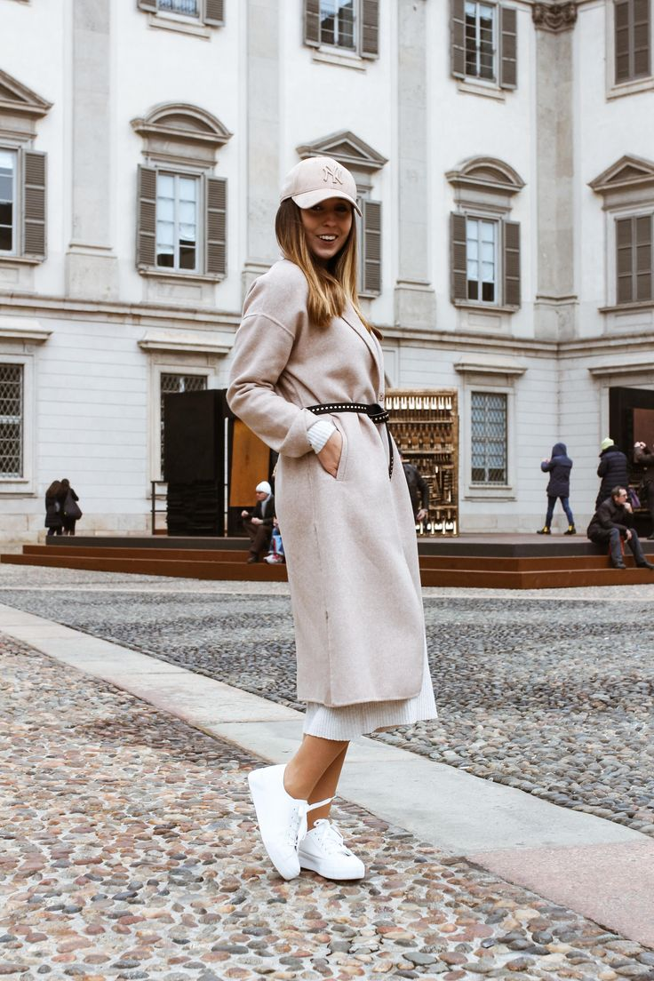 #milano #milan #nude #nudelook #totallook #minimal #look #cap #dress #scarf #coat #zara  #fashion #ootd #lookbook #lightcolors #mod #classy #fashionblogger #streetstyle #autumn #winter #autumnoutfit #winteroutfit #italy #trip #outfit   more: http://guesswhat.pl/fashion-vibes/beige-power/