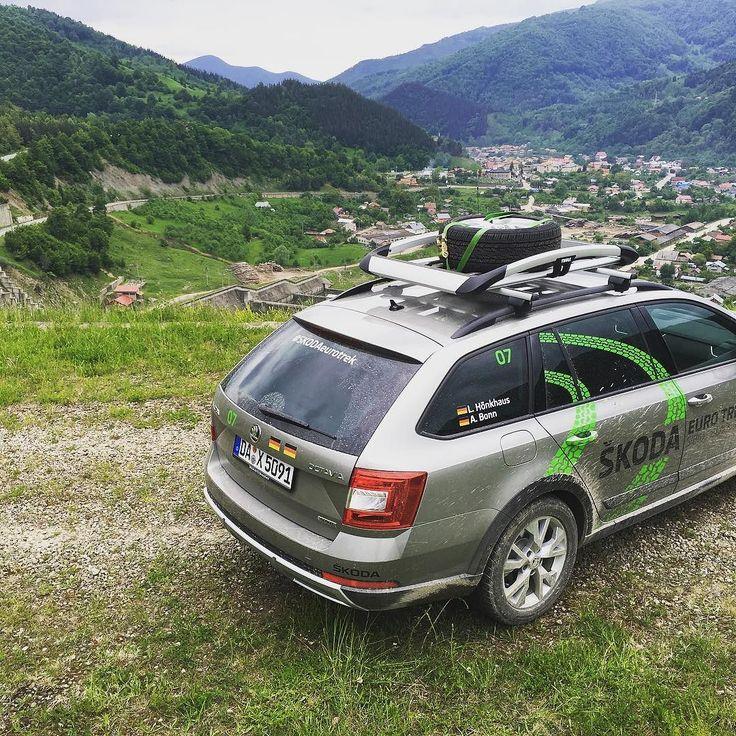 Skoda Octavia Scout on a dam somewhere in Transilvania. #skodaeurotrek #eurotrek2016 #skodaeurotrek2016 #skoda #skodaoctavia #car #auto #autovideoreview #4x4 @skodagram @skodade #carporn #caroftheday #carsofinstagram @bonnmedien