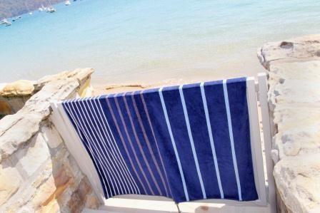 Relax double beach towel  (www.wongaroad.com.au)