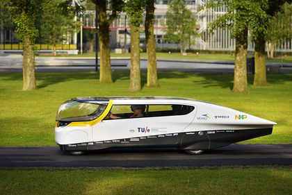 WORLD'S FIRST SOLAR-POWERED FAMILY CAR. Solar Team Eindhoven has set itself the goal of developing the car of the future. By combining aerodynamic design with lightweight materials like carbon and aluminum, a very fuel-efficient car has been designed, which also has ingenious applications like a LED strip and touchscreen that make all the buttons and knobs we know today superfluous.
