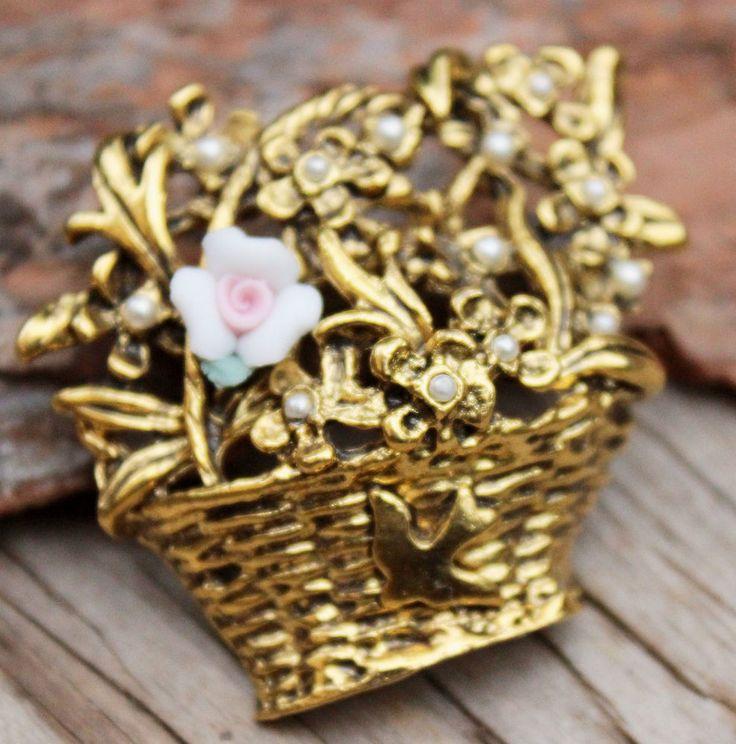Vintage Gold Ceramic Flower Basket Brooch Pin Costume Jewellery Retro Jewelry