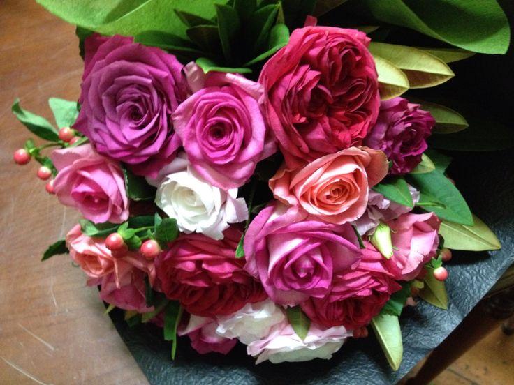 Lovely combo of roses