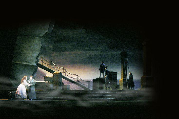 Manon Lescaut. Washington National Opera. Scenic design by John Pascoe. 2012
