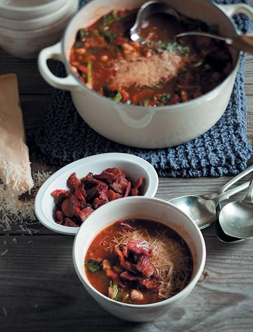 Sundried tomato soup with kidney beans   Witbone-en-sondroëtamatie-sop