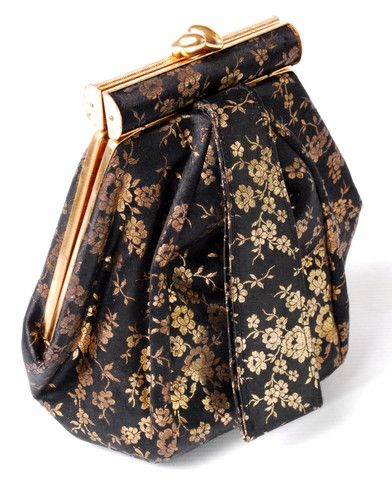 Vintage 1940s deco hexagonal satin evening handbag.
