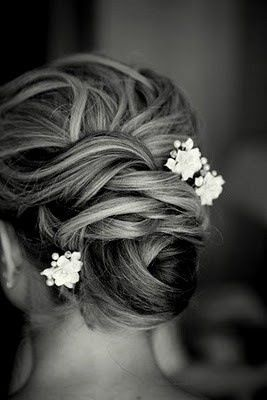Romantic updo for prom