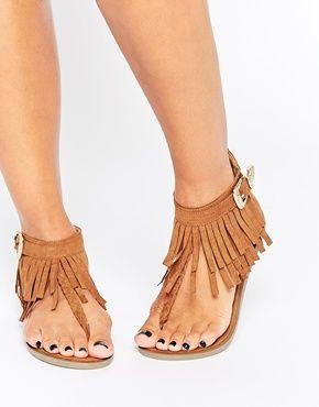 Sandalias planas con flecos de New Look