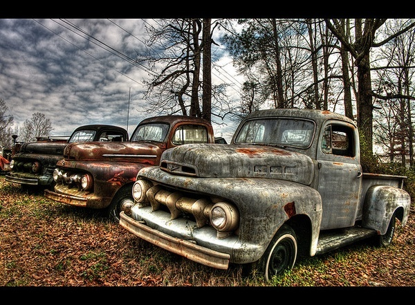 147 best barn find rusty cars images on pinterest barn finds rusty cars and abandoned cars. Black Bedroom Furniture Sets. Home Design Ideas