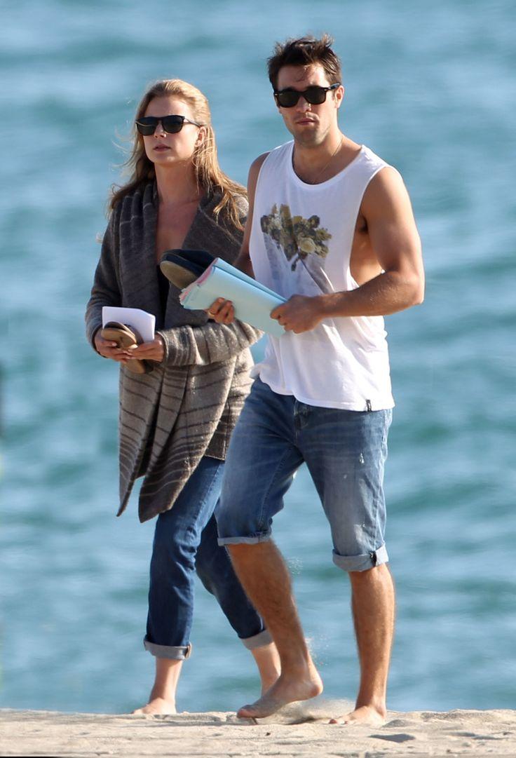 Revenge Stars Emily VanCamp and Josh Bowman Film Intimate Season 3 Scenes (PHOTOS)