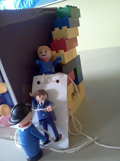 Lowering of Sick man for Jesus to heal him - creative Bible story telling for Kids #bible #lego
