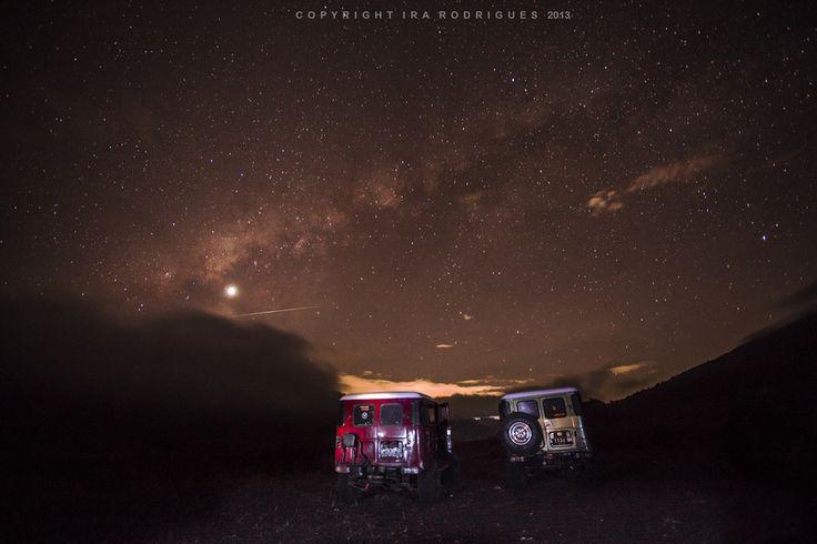 Milky Way (Galaksi Bima Sakti) on top of Mount Bromo by Ira Rodrigues on 500px