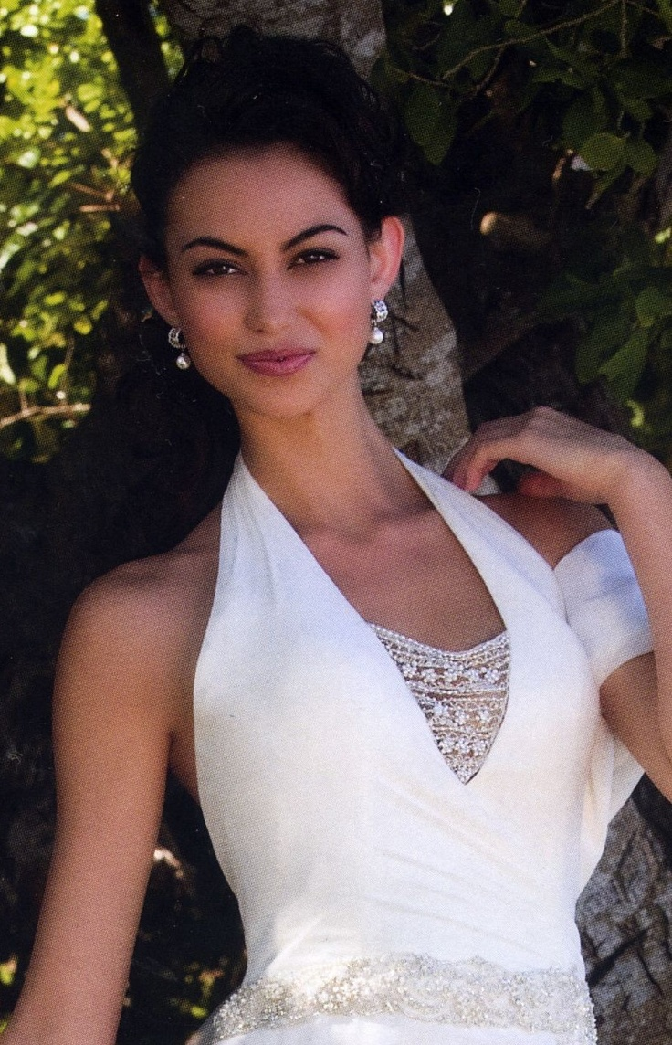 Venetia Pearl Earrings in White