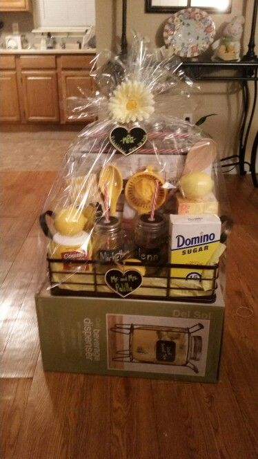 Bridal shower basket lemonade ice tea basket Mason jar despenser and chalk label mugs Serving tray,ingredients and recipes for homemade ice tea and lemonade,personalized wood tags,straws,rock candy,
