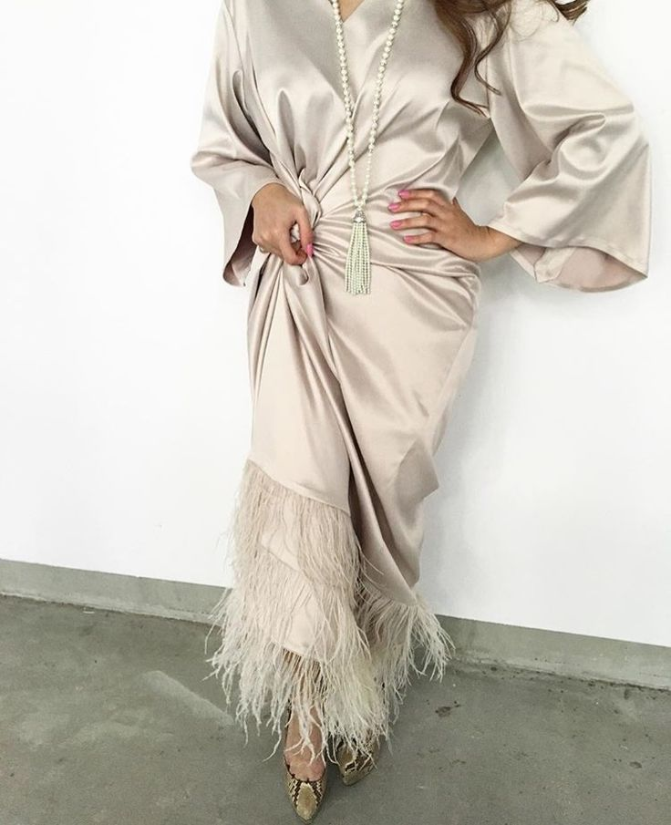 Arab Swag | Nuriyah O. Martinez | IG: Blackout_Dubai || IG: BeautiifulinBlack || Abaya Fashion ||