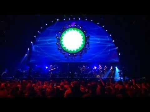Concierto Dream Theater Octavarium World Tour - Pista Atletica Estadio Nacional - Santiago Chile 03/12/2005 Intro (In The Name Of God) The Root Of All Evil 0...