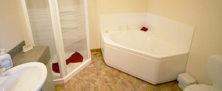 Relax in one of our spa bath suites!