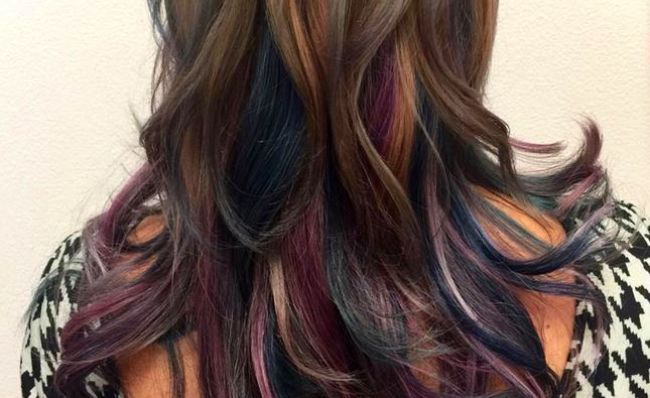 Oil Slick Hair The Rainbow Trend That S Perfect For