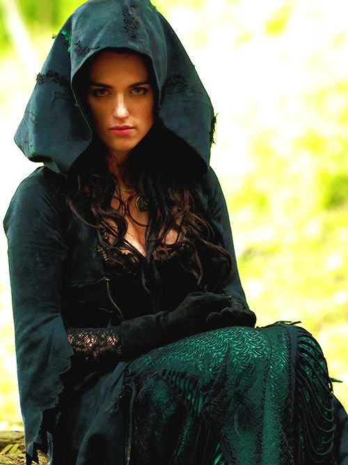 Morgana From Merlin Home Pinterest Vestuarios