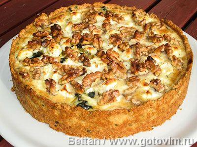 Пирог с мангольдом, сыром фета и грецкими орехами. Фотография рецепта