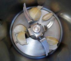 Quelques conseils pour hacher des ingrédients au thermomix. Je vous propose quelques conseils utile pour hacher des ingrédients tel que les viandes...