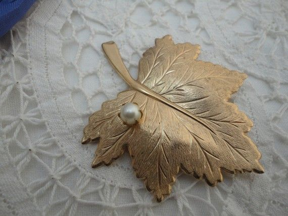 Maple Leaf Brooch with Pearl Brushed Gold by oldandnewboutique