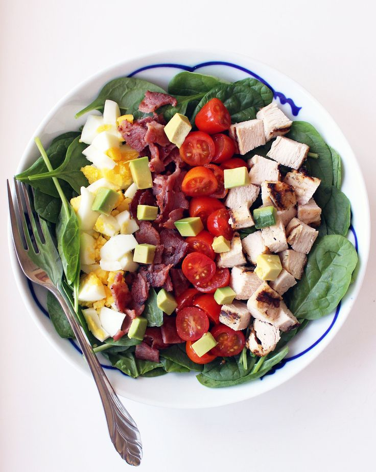 If you're anything like us, that same healthy lunch salad you bring is getting a little bit boring. Mix it up with a new recipe, like this healthy cobb salad . . . we promise it's far from boring.