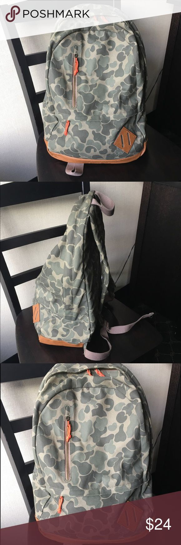 Standard military surplus supply store camo backpk Standard military surplus supply store light weight camouflaged backpack. Clean and hit the trail ready, happy hiking soldier! Bags Backpacks