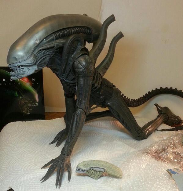 NECA Quarter Scale Alien Test Shot 002