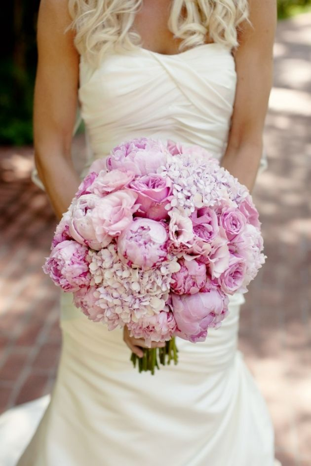 Hydrangeas, garden roses, peonies and lisianthus in every shade of pink made us blush at this @Four Seasons Resort The Biltmore Santa Barbara wedding.