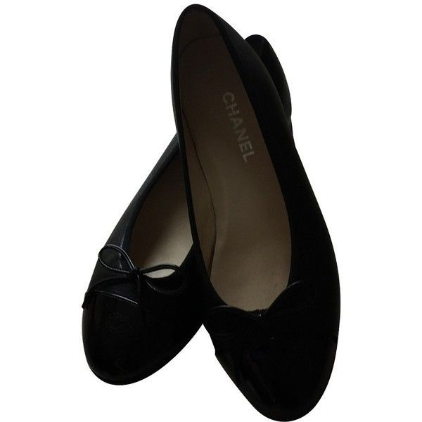 Pre-owned Black ballerinas ($440) found on Polyvore featuring women's fashion, shoes, flats, black, ballerina shoes, leather flats, leather ballet flats, ballet shoes and ballet flats