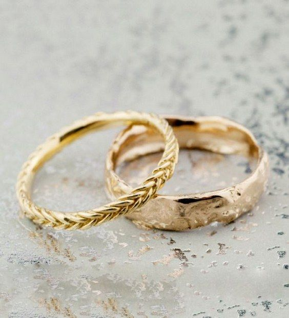 fairmined gold wedding bands from Bario  / http://www.himisspuff.com/wedding-bands-for-women/6/