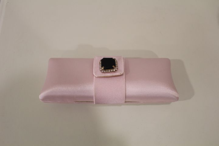 Clutch rosa #boda #invitada #wedding #guest #handbag