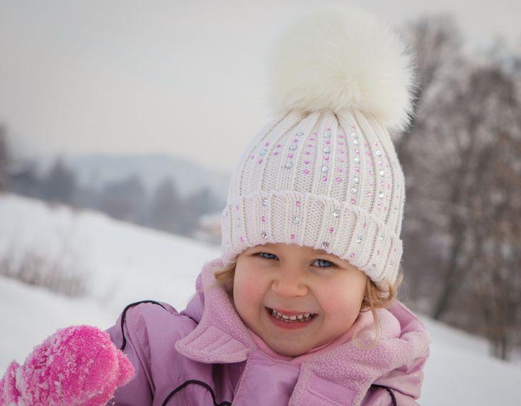 Winter knitting cap. Zimowa czapka włóczkowa.