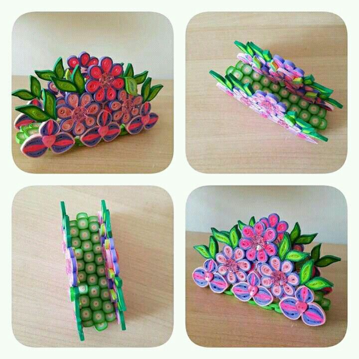Quilled flowers Napkin holder