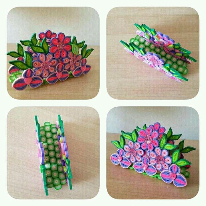 Quilled flowers Napkin holder