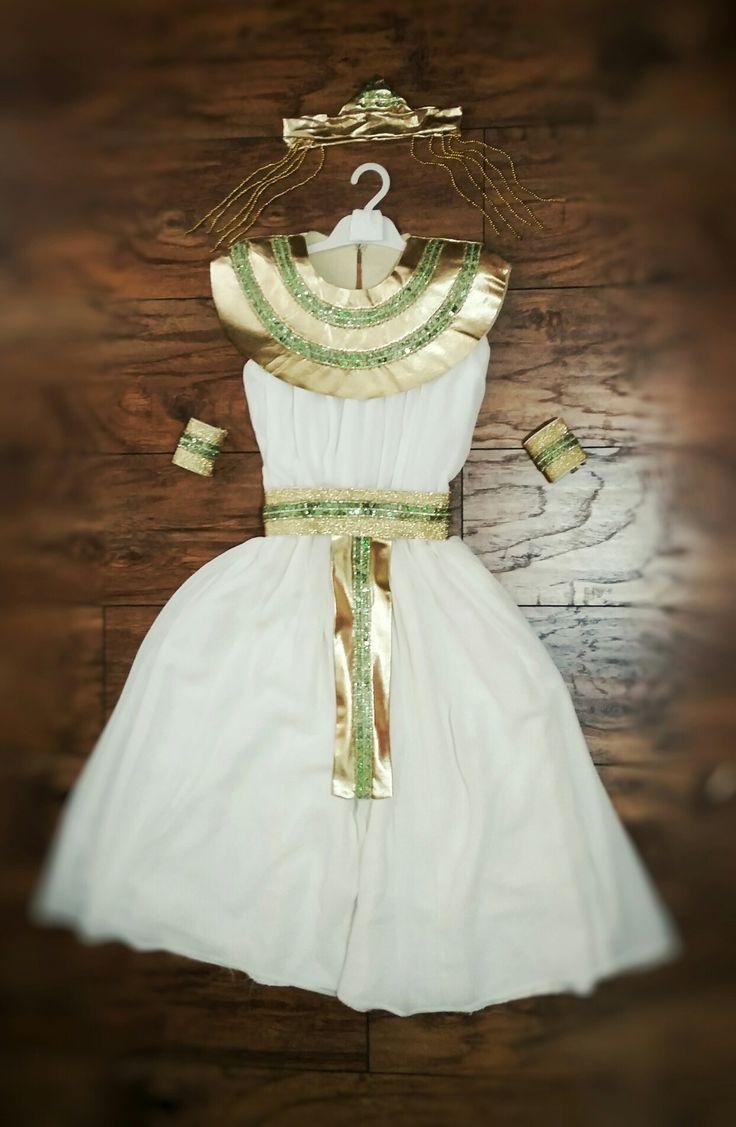 Kleopatra Costume by Betty Design $55
