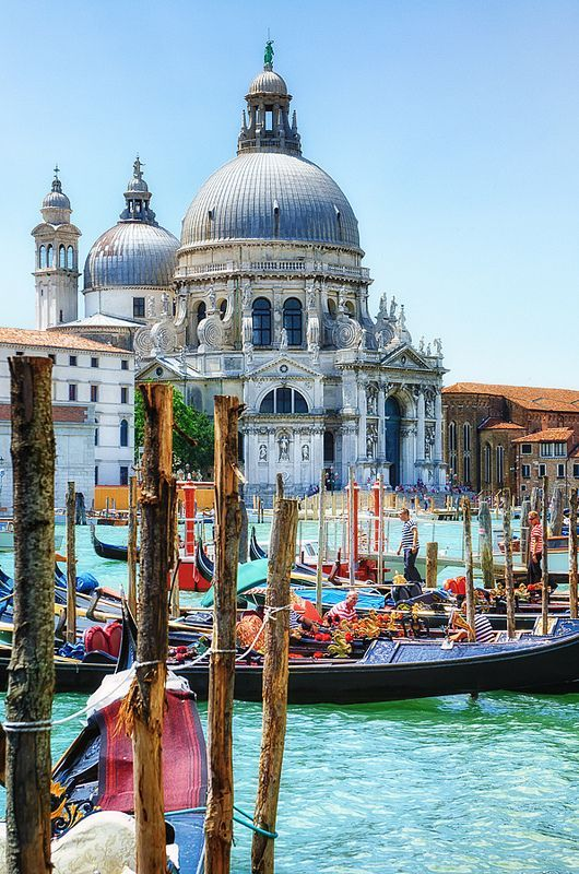 15 Most Beautiful photos of Italy : Cities and Places to Visit in Italy : Venice , Italy. #travel #travelphotography #travelinspiration