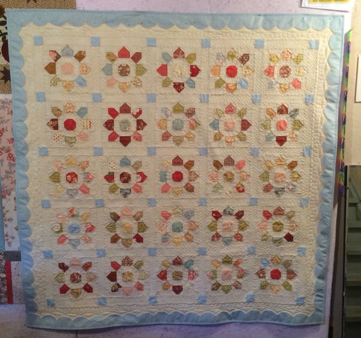 17 Best images about 2015 UFO s on Pinterest Quilt, Minis and Scallops