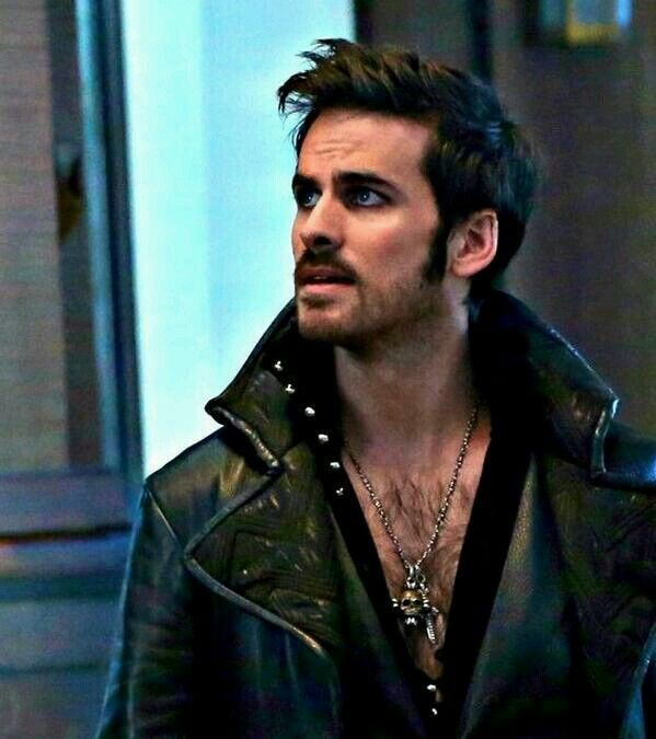 See, normally hairy chests just don't do it for me. But for Colin, I'd make an exception. ;)