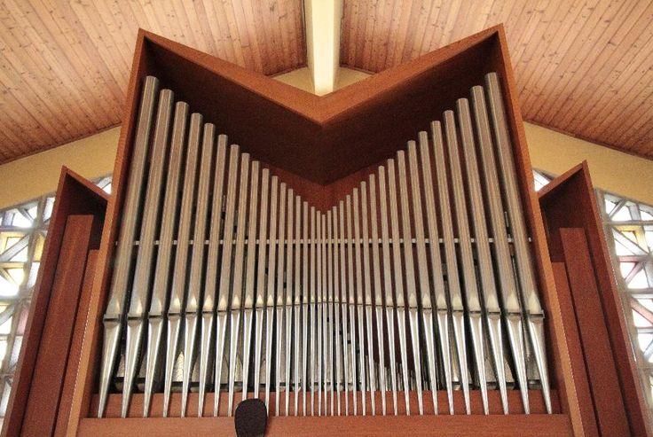Bad Vöslau, evang. Christuskirche (AB) – Organ index, die freie Orgeldatenbank
