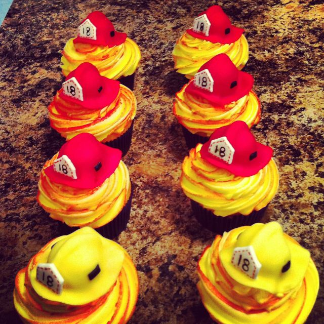 My fireman cupcakes for hubby and the boys at the hall!!!