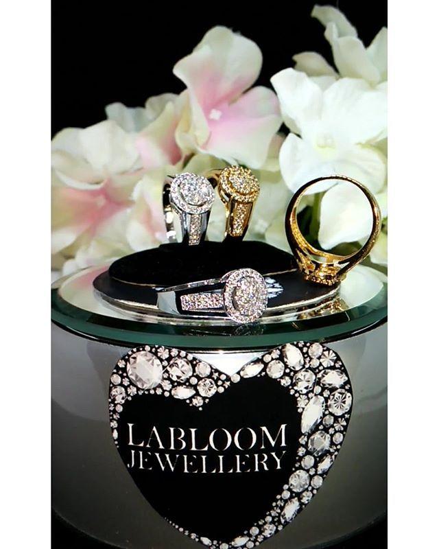 """""""Perhiasan Lapis emas 18K dan emas putih dengan batu permata kualitas premium grade AAA+ yang biasa dipakai ditoko emas sebagai penganti berlian asli. sangat aman utk kulit sensitif dan tidak gatal atau berkarat  ORDER: Line: @yennylabloom (pake @) BBM: D9167B51 WhatAppL 0895 3927 62225  #fashion #pendant #love #beautiful #shopping #beauty #cute #pretty  #photooftheday  #accessories  #necklace  #bracelet  #jewellery #tagsforlikes #gold #ring #earrings #jewels  #handmadejewelry #diamond…"""