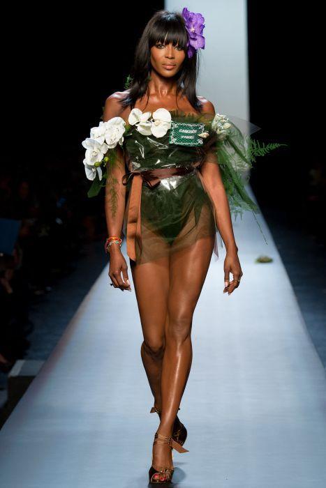 Jean-Paul Gaultier - Haute Couture Fashion Week Paris 2015 - Naomi Campbell