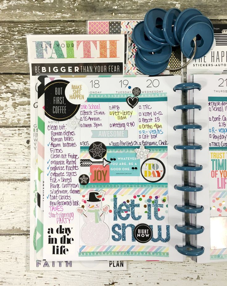 'Let It Snow' weekly layout in The Happy Planner™ of mambi Design Team member Mary-Ann Maldonado | me & my BIG ideas